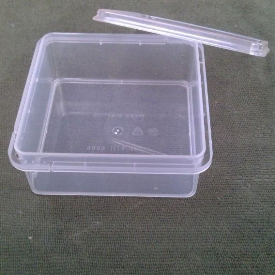 Comb - container